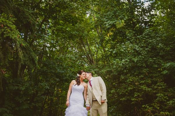SomethingTurquoise_DIY_wedding_Red_Sparrow_Photography_0006.jpg