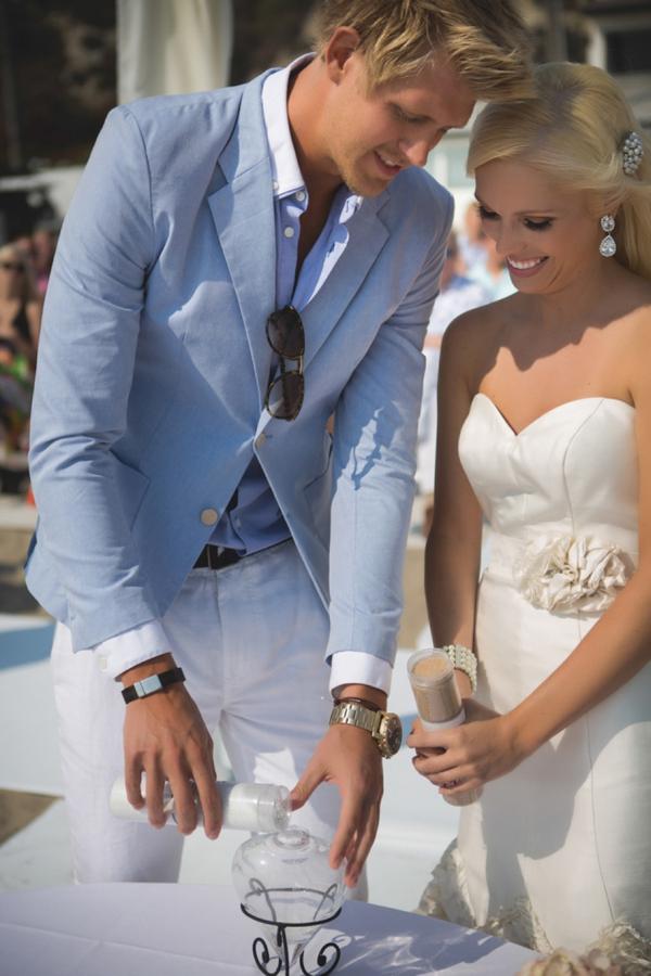 SomethingTurquoise-DIY-beach-wedding-Tony-Gambino-Photography_0026.jpg
