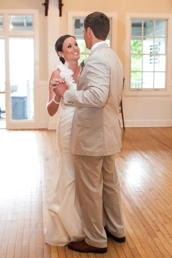 SomethingTurquoise-Riverland-Studios_pink_southern_wedding_0048.jpg
