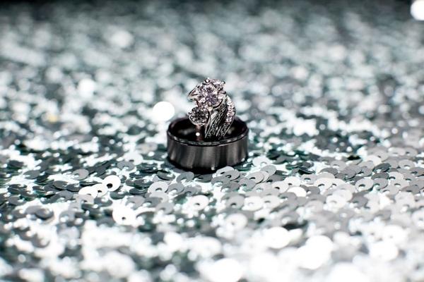 SomethingTurquoise_turquoise_diy_wedding_John_Joseph_Photography_0002.jpg