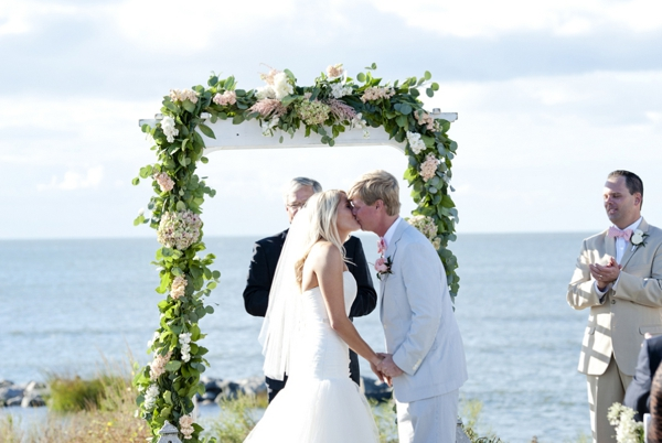 SomethingTurquoise_Jen_Harvey_Photography_beach_wedding_0016.jpg