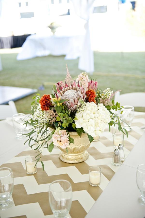 SomethingTurquoise_Jen_Harvey_Photography_beach_wedding_0028.jpg