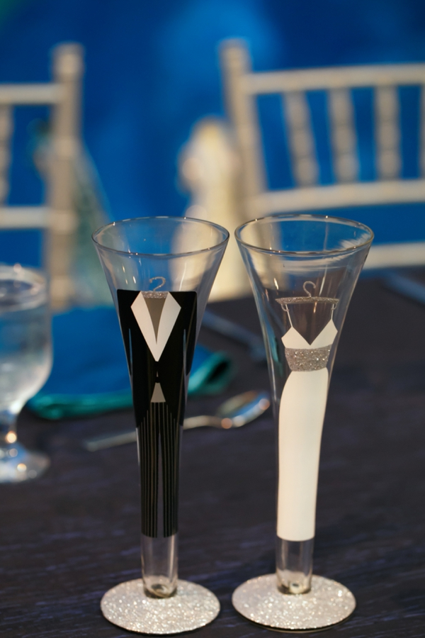 SomethingTurquoise_DIY_aquarium_wedding_Carrie_Wildes_Photography_0031.jpg