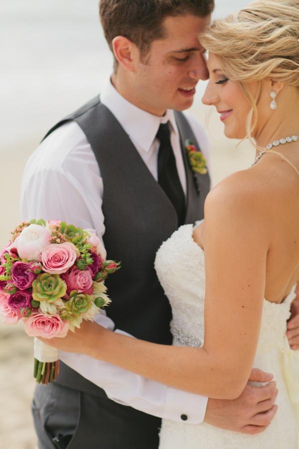 SomethingTurquoise_DIY_beach_wedding_Jennefer_Wilson_0001.jpg