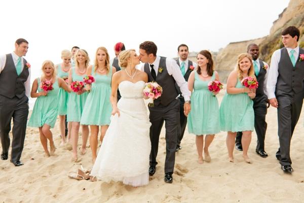 SomethingTurquoise_DIY_beach_wedding_Jennefer_Wilson_0027.jpg