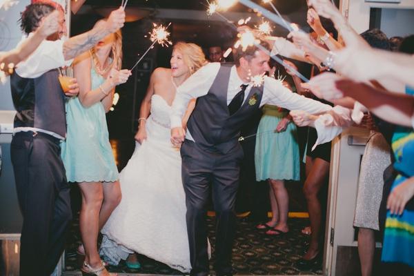 SomethingTurquoise_DIY_beach_wedding_Jennefer_Wilson_0045.jpg