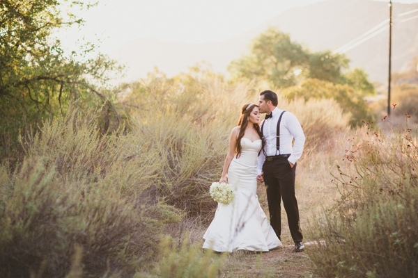 SomethingTurquoise_stunning_DIY_wedding_Aga_Jones_Photography_0047.jpg