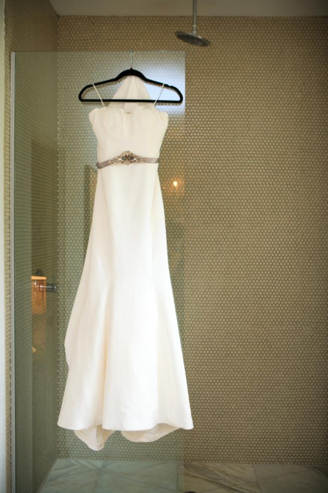 Gorgeous Nicole Miller wedding dress