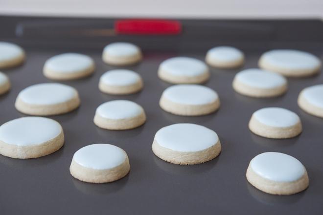 How to make stacked wedding cake sugar cookies!