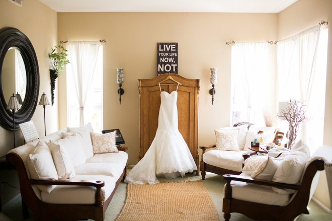 Lovely wedding dress picture