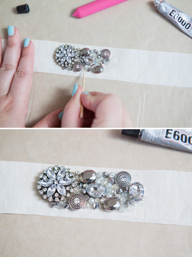 Learn how to make this chic diy rhinestone bridal sash diy rhinestone bridal sash solutioingenieria Image collections