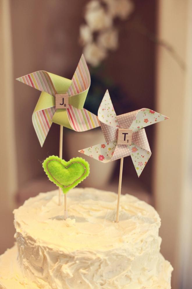 Pinwheel cake topper