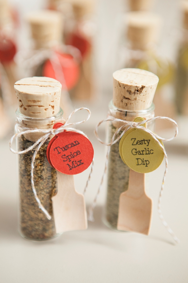 Make your own adorable spice dip mix wedding favors diy wedding favors spice dip mix junglespirit Images