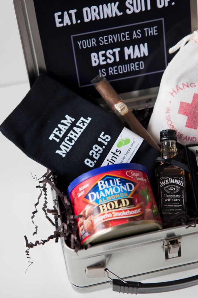 Will You Be My Groomsman? Lunch Box