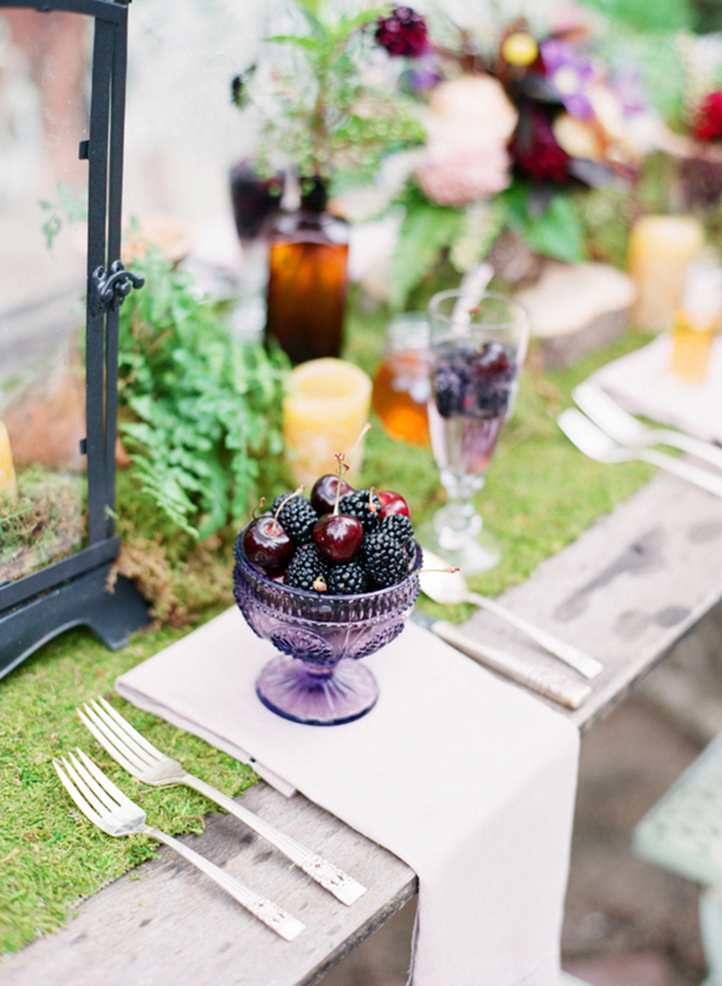 Spring table with berries