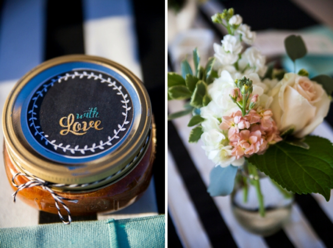 Flowers and jam favors
