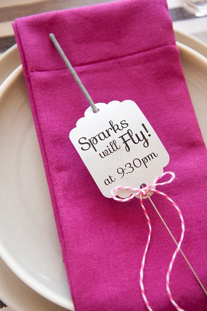 Awesome DIY idea for making wedding sparkler exit tags, with free editable design!
