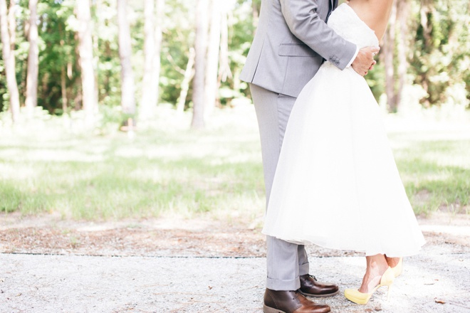 Super sweet, southern wedding with darling yellow details!