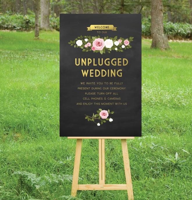 Beautiful unplugged wedding sign