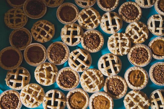 Yummy mini pies for a wedding!