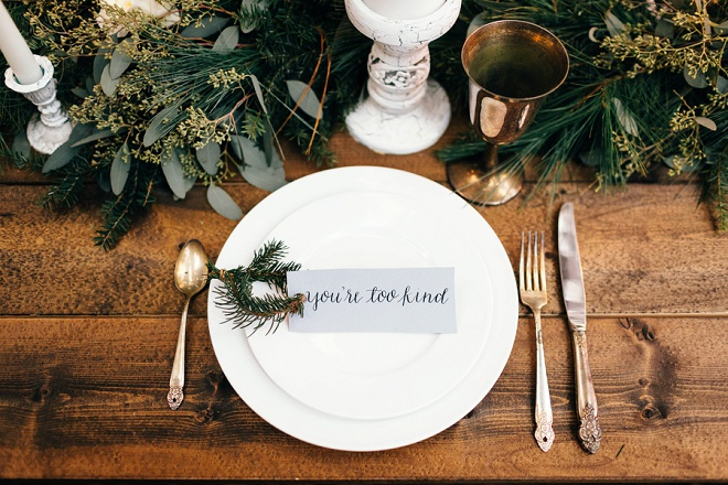 We love this gorgeous cozy holiday place setting!