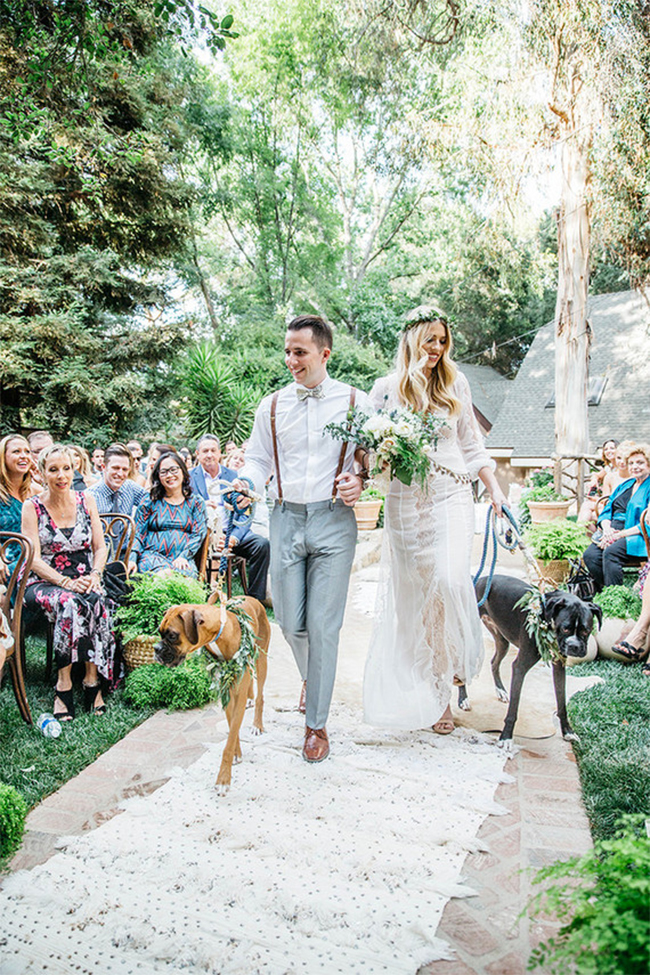 Walk your dogs down the aisle!