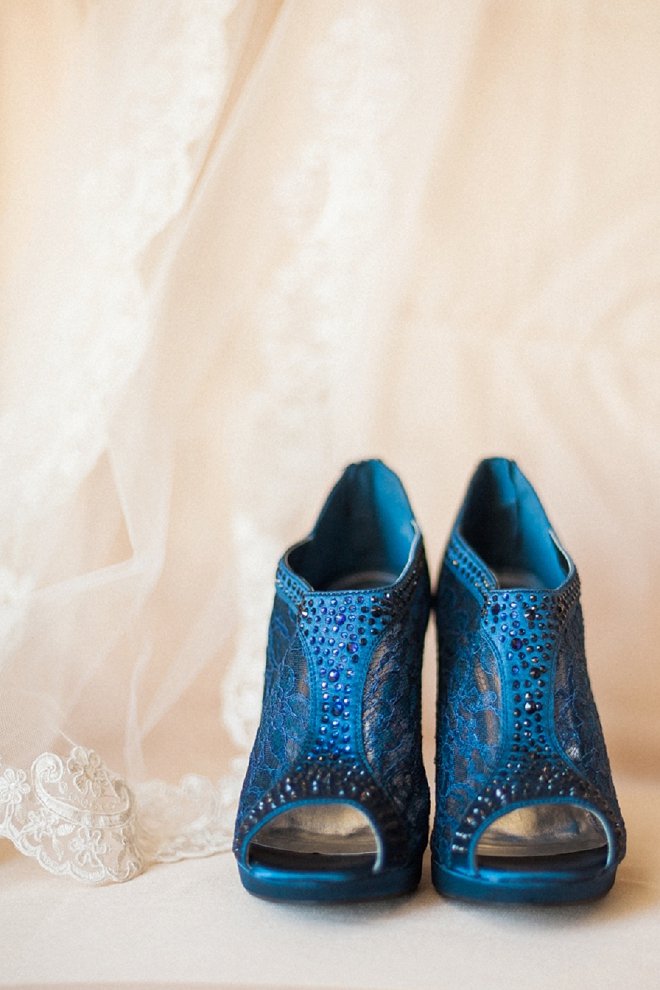 How fun is this Bride's blue wedding shoes?! Love!