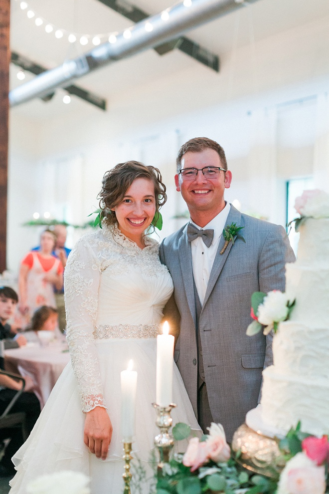 Loving this gorgeous Bride and Groom and their boho chic wedding!
