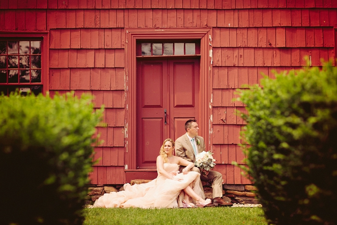 We're swooning over this gorgeous Bride and Groom and their rustic barn wedding!