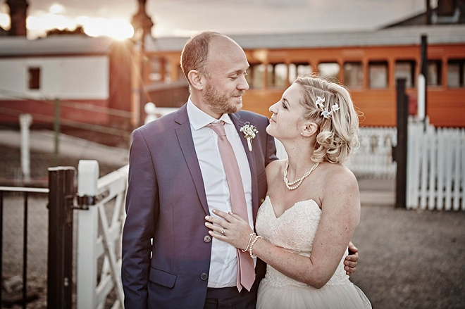 How fun is this gorgeous Bride and Groom portrait at their rock and roll UK wedding?! Loving it!!