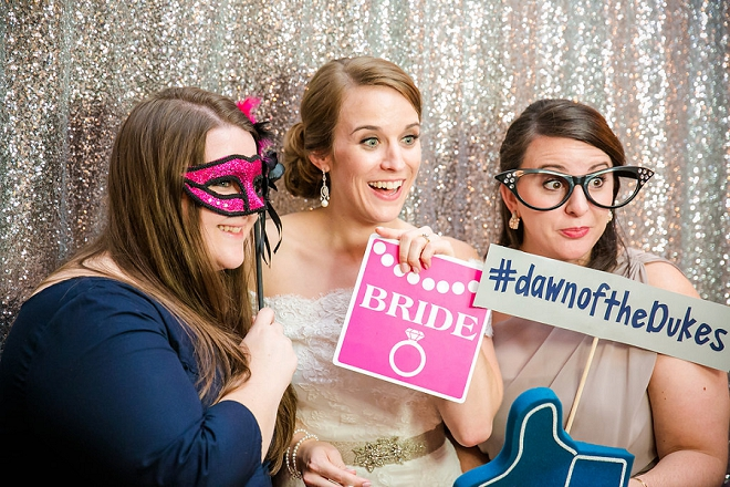 How fun is this Bride and her photobooth photo?! Love!