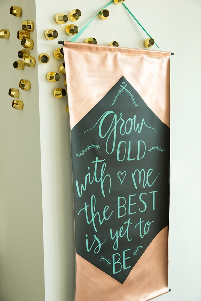 How to make a giant chalkboard sign using blackboard fabric!