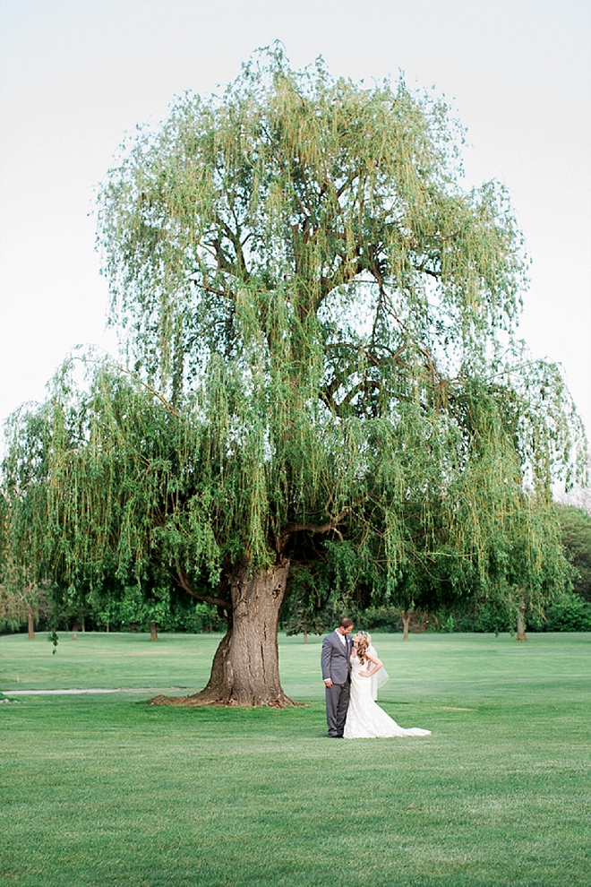 We're swooning over this classic and stunning wedding!