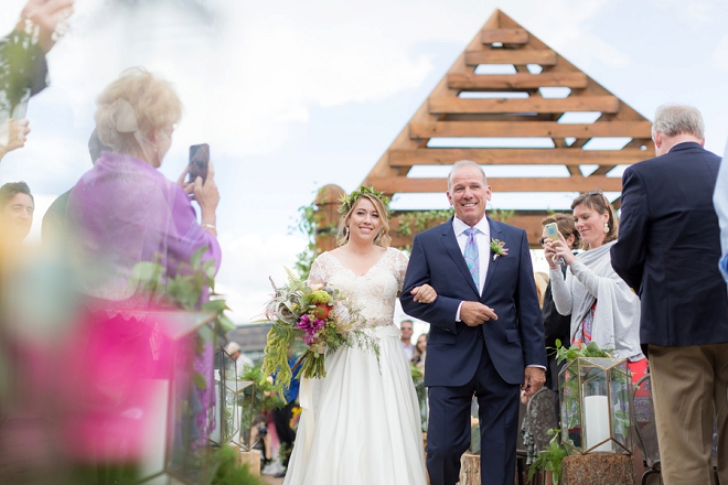 We're swooning over this stunning outdoor Denver ceremony!