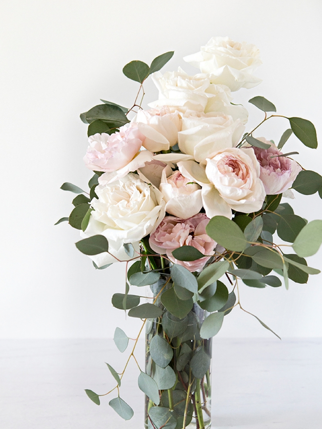 These are the best wedding flower tips about garden roses!