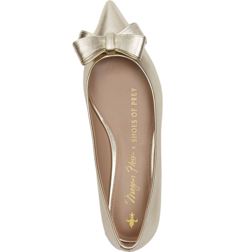 Pretty gold flats for a gold and navy summer wedding. Megan Hess Bow flats by Shoes of Prey.