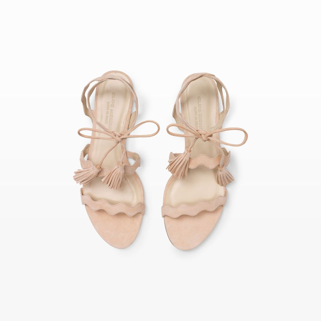 Love these bridal sandals because you can wear them again after the wedding! Also cute for bridesmaid sandals!