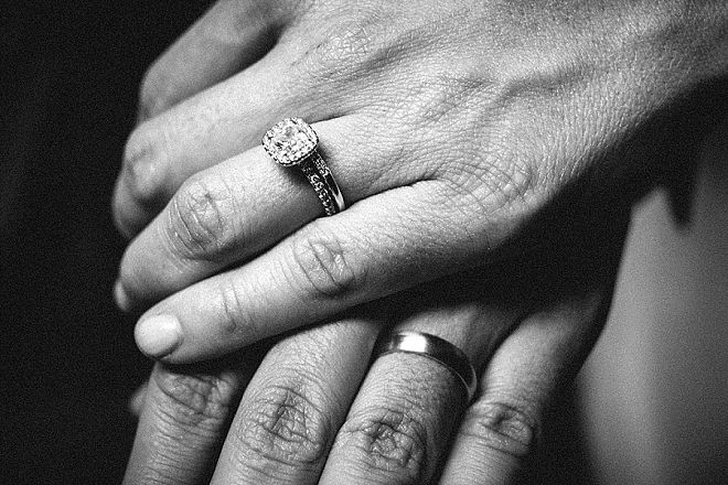 Loving this ring shot from this darling Mr. and Mrs!