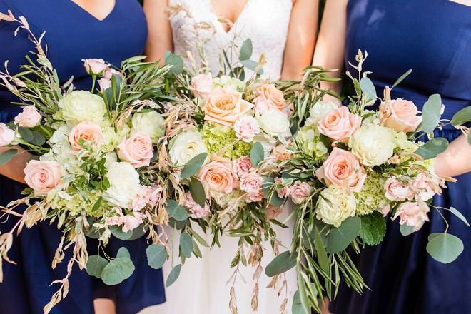 STUNNING bouquets for this Bride and her Bridesmaids!
