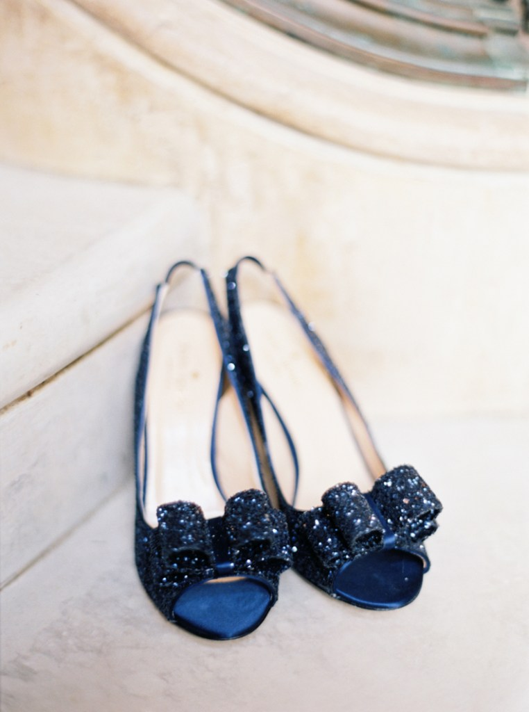 WOW. These blue glitter shoes would be the perfect 'something blue' for my wedding.