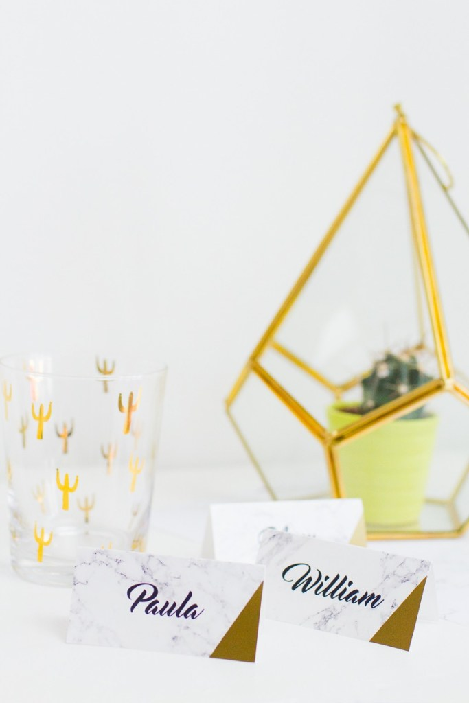 Free Printable Marble Name Cards! So cute. I would love to use this for my wedding - modern and chic.