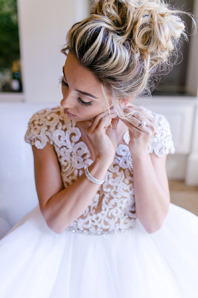 The beautiful Bride getting ready for the big day!