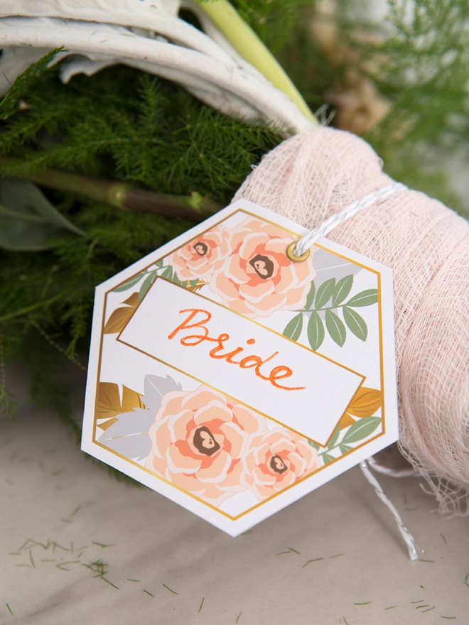 These free printable bouquet tags help you know whose it whose!