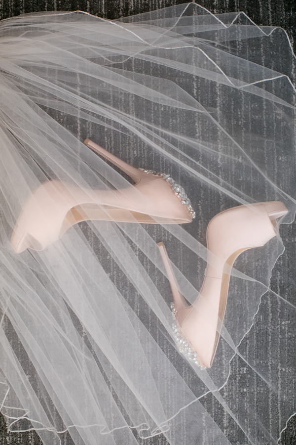 We're in love with this stunning shoe snap!