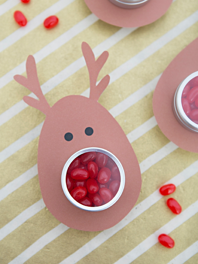 OMG, these jelly bean reindeer gifts are the cutest!
