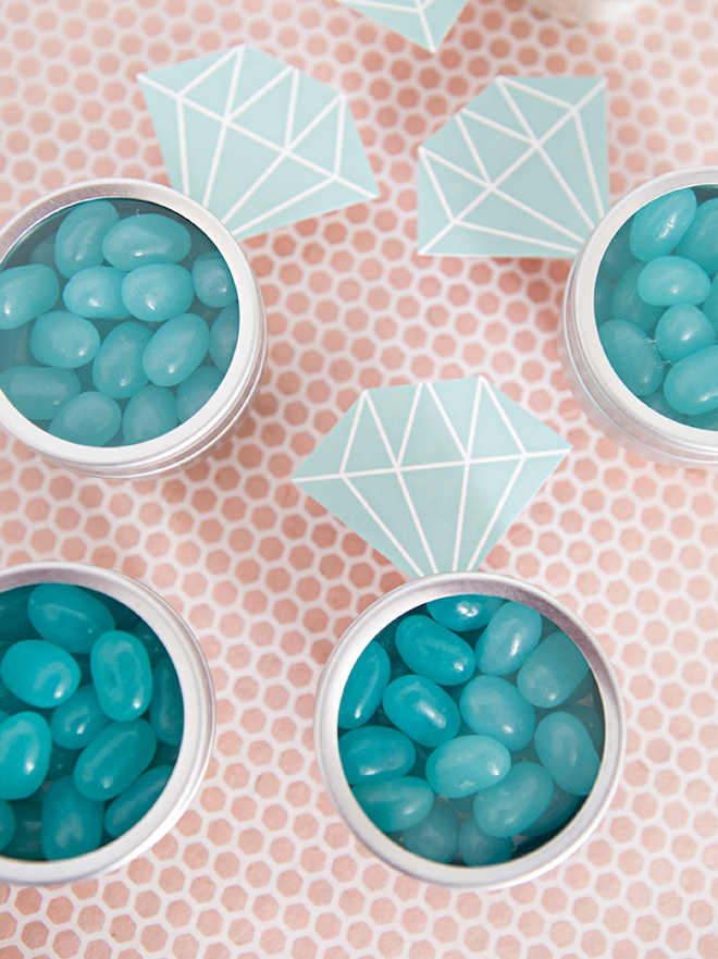 Make your own jelly bean diamond ring bridal shower favors with these free printables!