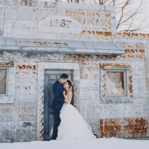 We can't get over this super dreamy and DIY New Years Eve wedding! So gorgeous!