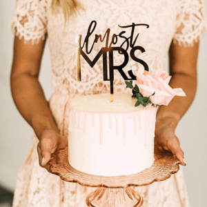 Engaged? You don't want to miss our top 21 Etsy picks for a gorgeous rose gold bridal shower!