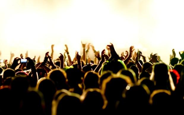 festival-crowd2