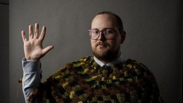 dan-deacon-press-shot
